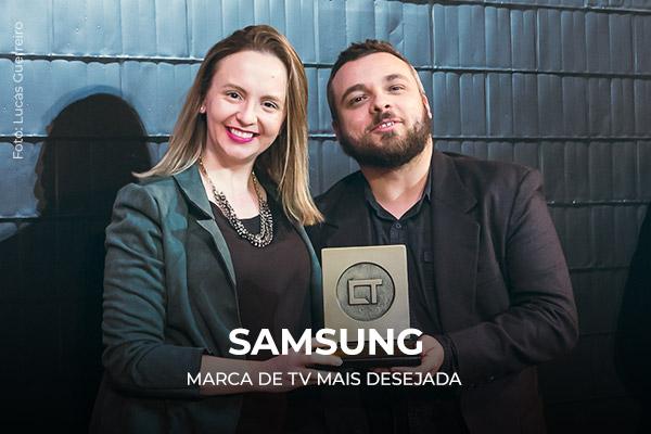 Entrega do prêmio para a Samsung